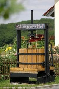 Presse FelsengartenHof