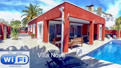 """""""Villa Nova"""" in Empuriabrava"""