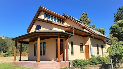 Troon Vineyard, Gold Hill, Oregon, USA