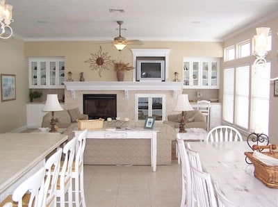 Spacious living area with beautiful interior decor