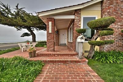 Oceanfront house at the beach in Santa Cruz