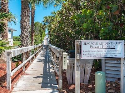Seagrove, South Beach, Florida, USA