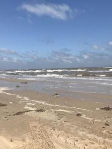beautiful matagorda beach - a 5 minute drive