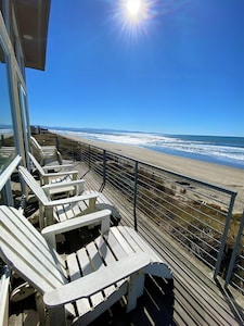 House 15 is pure oceanfront with wide open views from Santa Cruz to Monterey!