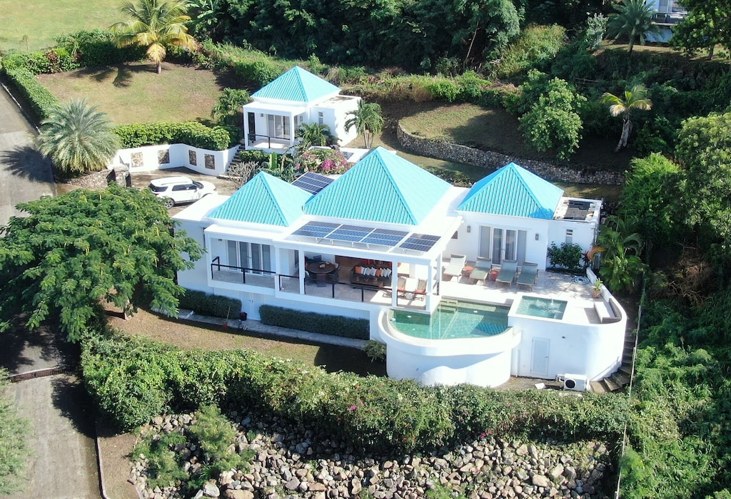 Luxurious Sugar Ridge Villa With Incredible View Jolly Harbour