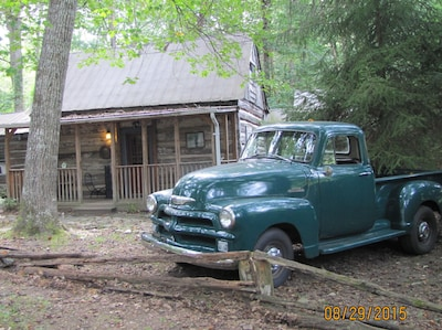 Sorry, the truck doesn't come with the cabin, but it looks very nice in front