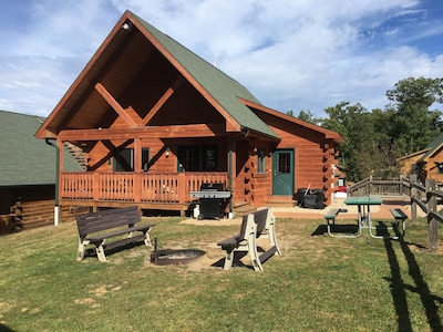 Private villa with new grill, extra twin bed upstairs, (5) benches at fire pit.