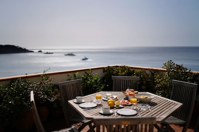 Premium establishment Taormina / Etna region with stunning seaview