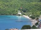 ...la plage et le village