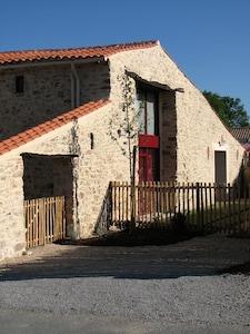 Maison Gite Vendee La Roche Sur Yon Private Indoor Heated Pool Les Clouzeaux