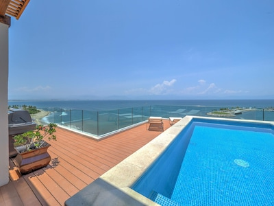 Private terrace plunge pool