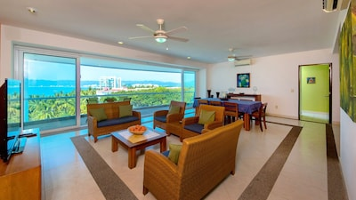 Breath taking views from Living & Dining Rooms with Spectacular Views