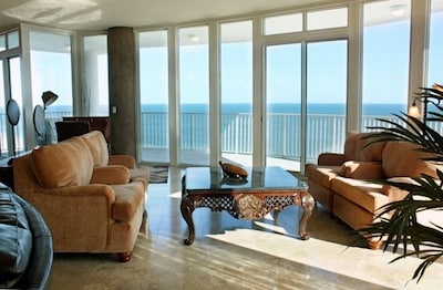 Living Area with a beautiful view of the Gulf of Mexico