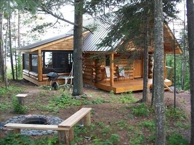 Handscribed log cabin built at Great Lakes School of Log Building in Isabella