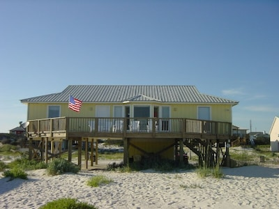Memories are waiting to be made at your lovely, Gulf front home!