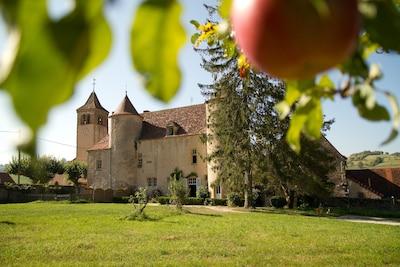 Oyé, Saône-et-Loire (département), France