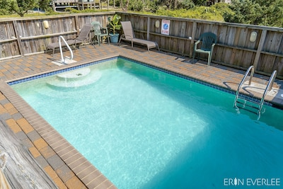 Relax by your private pool *sigh*