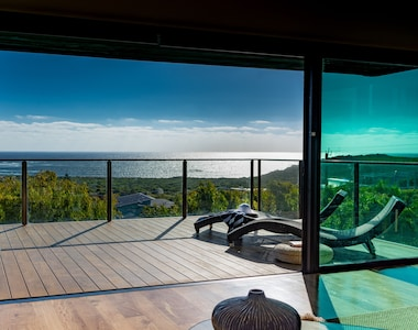 180 degree ocean views from every room