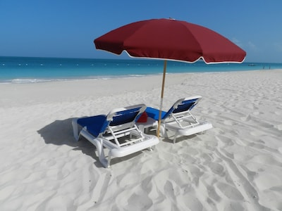 Your lounge chairs await you!