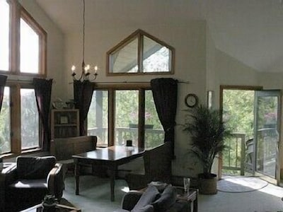 A wall of windows to connect you to the outdoors.