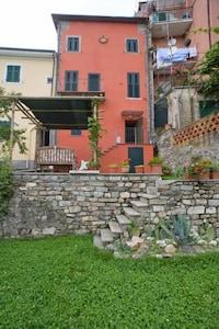 Calice al Cornoviglio, Ligurië, Italië