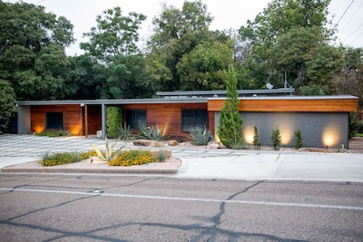 FIXER UPPER   The first and only Mid Century Modern.  Stay in this one-of-a-kind