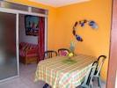 oasisbleuediamant.com La terrasse couverte de l'appartement T2 hibiscus