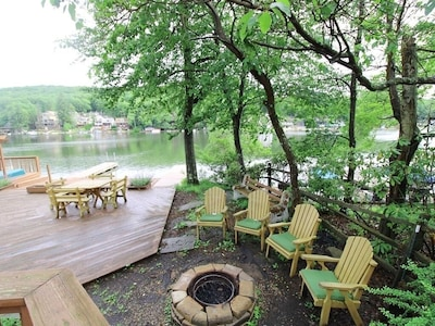 Fire pit seating area at cottage