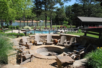 Fire Pit to Pool to Lake!