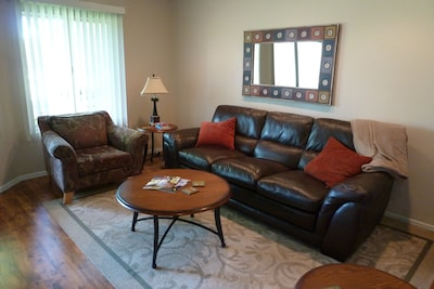 Comfortable furnishings and great golf course view