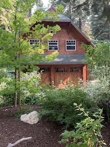 Buckhorn Cabin