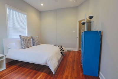 Cozy rental, perfect location