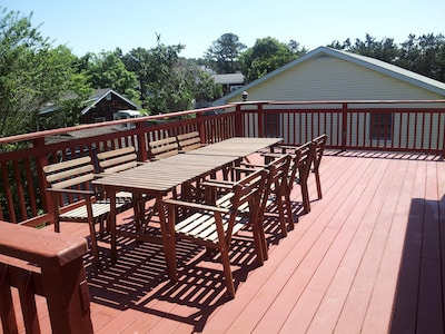 Tree top Views - 2nd Floor, Oversized deck with table and 8 chairs.