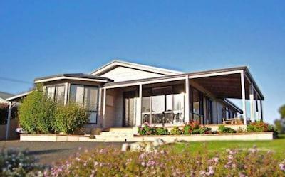 Bridgetown Visitor Information Centre, Bridgetown, Western Australia, Australia