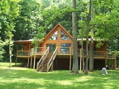 Bear'sLair Cabin on the New