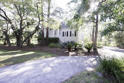 Centrally located on the island, this beautiful home is close to everything!