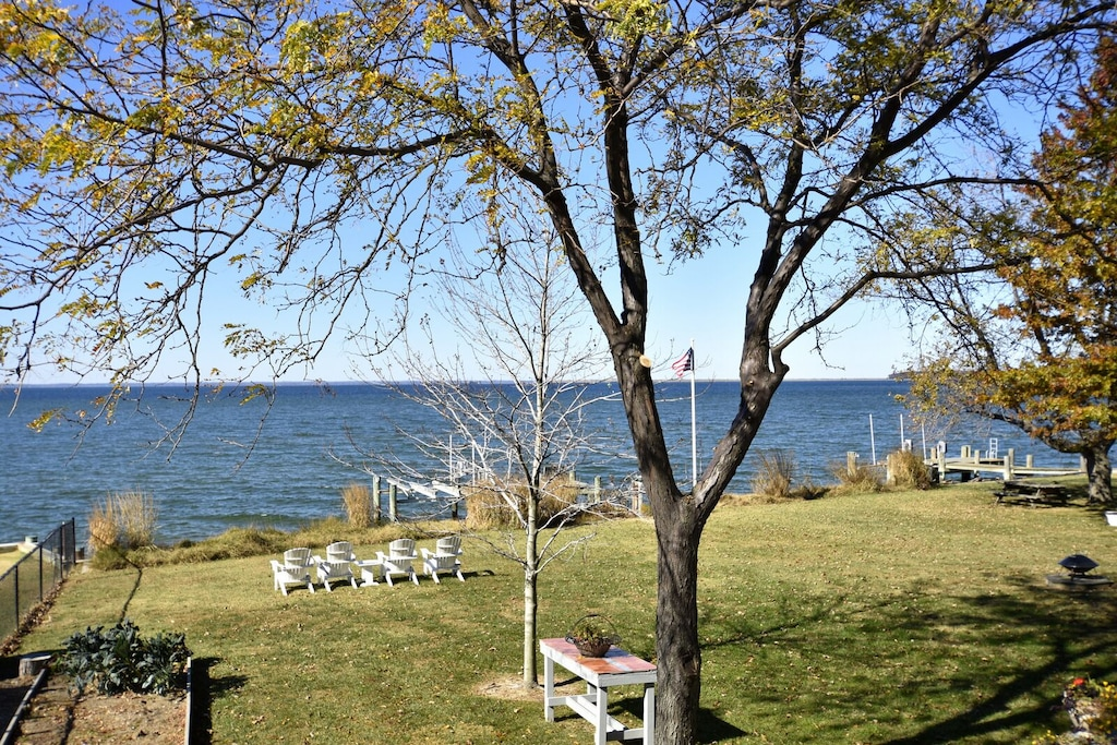 Fall On The Shore Is Spectacular Book Now For Mid Week Specials Tilghman