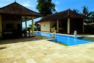 Bali Absolute Beachfront Villa.Singaraja