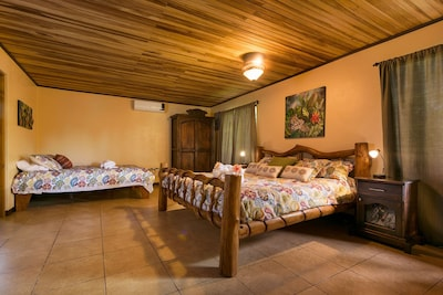 The Villa Hermosa king and queen bed setup - works well for families & couples.