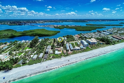 Areal view - the house is circled and beach access is minutes away!