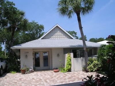 Polynesian Gardens, Siesta Key, Florida, United States of America