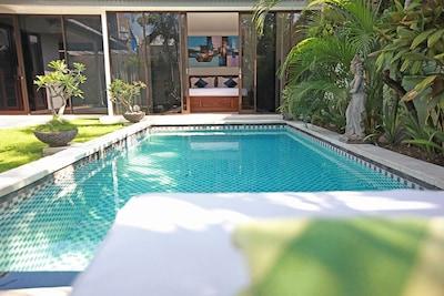 Central Seminyak, Staff, 3 BR Pool Villa