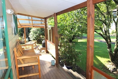Parsloe's Cottage - covered deck area
