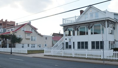 Your Ocean City beach  home steps from ocean. Full yard and too much parking!