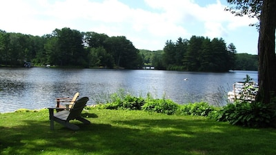 Tranquil views! Enjoy your morning cup of coffee here!
