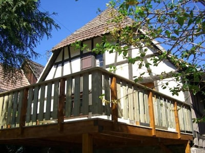 Terrasse / Balcon à l arrière de la maison au calme
