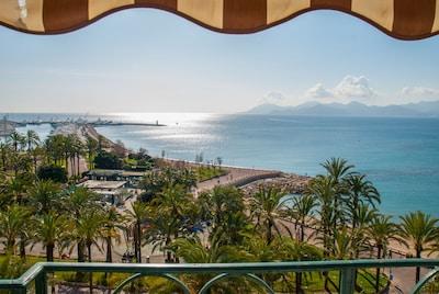 view from the loggia vue de la terrasse