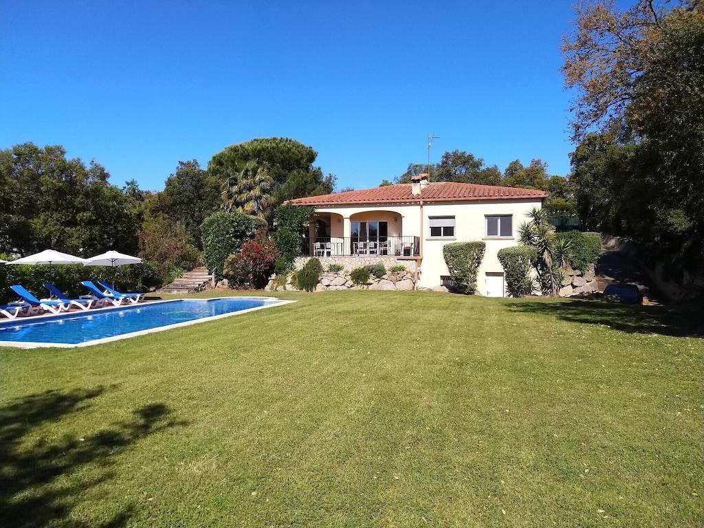 Villa Di Lusso Con Grande Piscina E Giardini E Splendide Viste Nei Pressi Di Girona Barcellona Santa Cristina De Aro