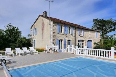 Taponnat-Fleurignac, Charente, Frankreich