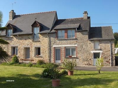 Noyal/Acigné Station, Noyal-sur-Vilaine, Ille-et-Vilaine, France